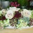 ホームパーティのテーブルに バラ(メタリナ)を使って 3月下旬