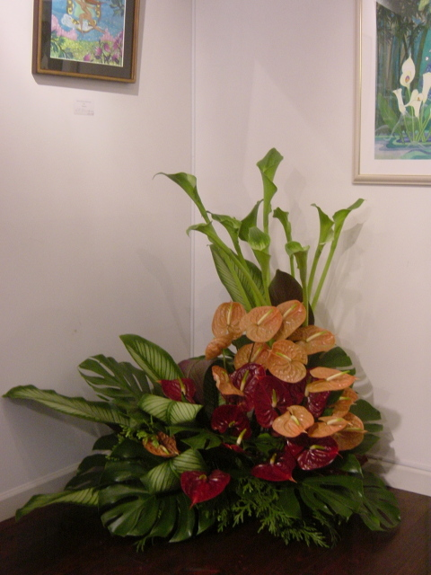 ベリーダンサー、ビアンカさんの絵の個展に 横浜元町「あいおらいと」にて 5月初旬