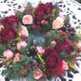 赤バラ(ミスターリンカーン)を使った生花のリース 1月下旬