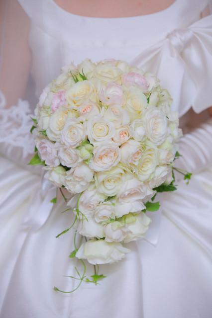 バラ(白と淡いピンク)のブーケ 2012年11月中旬