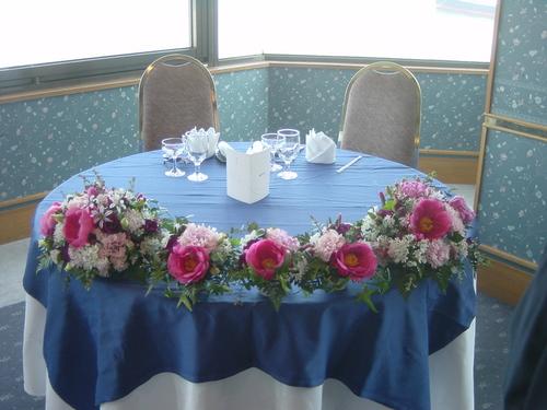 シャクヤクのメインテーブル 4月