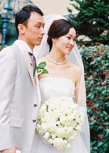 ウェディングブーケ(白のバラ、ミニバラ) 2008年5月 3