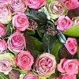 リース型アレンジメント (シックな色のピンクバラで) 12月下旬